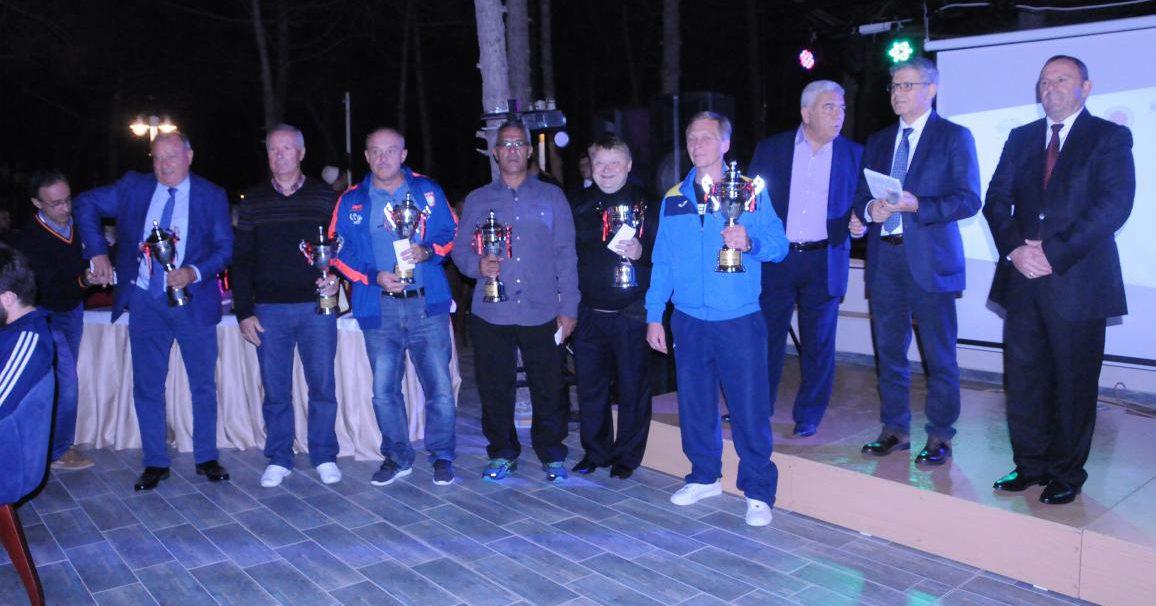 Gençler ve 23 Yaş Altı Avrupa Halter Şampiyonası'nı Milli takımımız 26 madalyayla tamamladı.