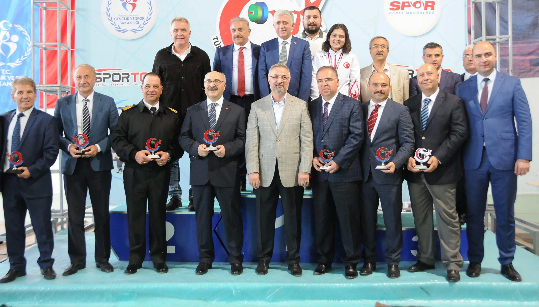 Gençler Kulüpler  Türkiye Halter Şampiyonası'nın Açılış Seremonisi Gerçekleştirildi