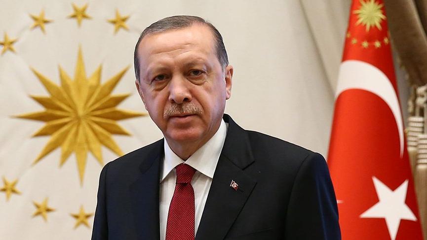 Cumhurbaşkanımız Recep Tayyip Erdoğan, Şaziye Erdoğan'ı telefonla arayarak tebrik etti.