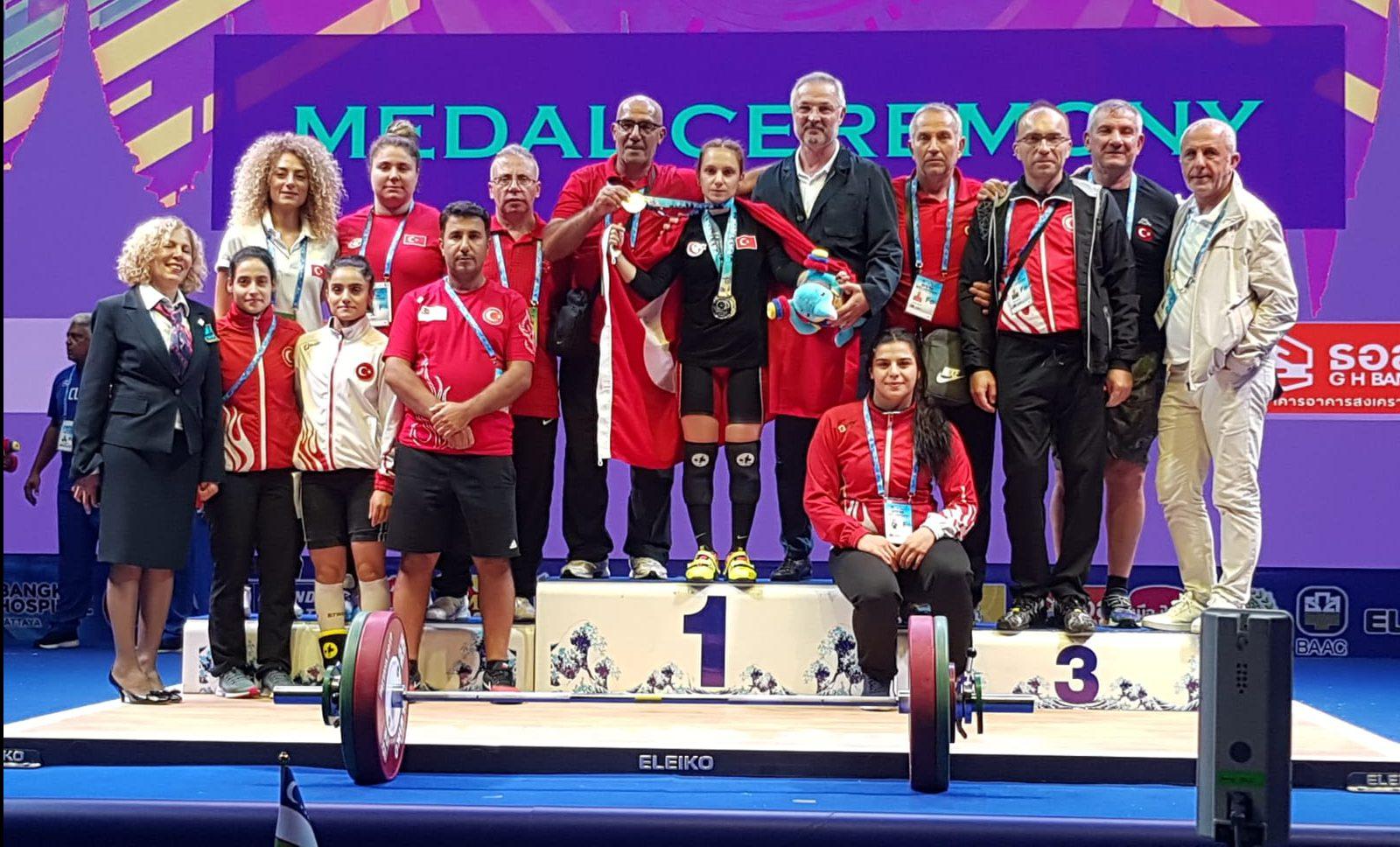 Şaziye Erdoğan Büyükler Dünya Şampiyonu