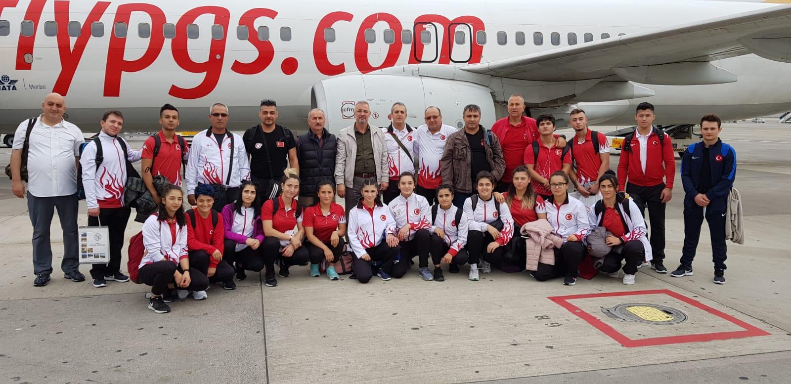Gençler ve U23 Avrupa Halter Şampiyonasına katılacak olan milli takımımız Romanya'ya gitti.