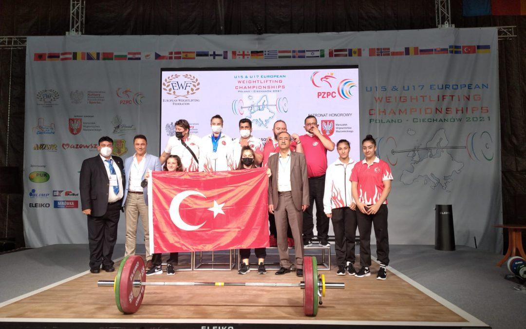 Naime Yaren Baydemir ,rekor kırarak Avrupa Şampiyonu oldu.