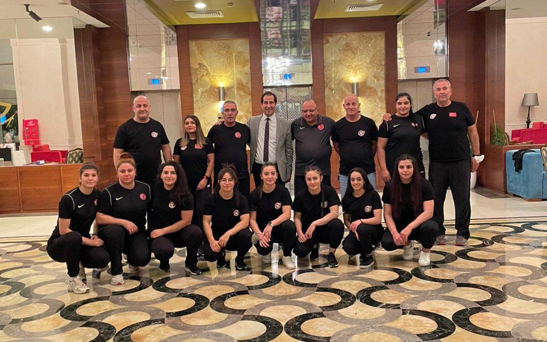 Gençler ve 23 Yaş Altı Avrupa Halter Şampiyonasına katılacak olan milli takımımız Finlandiya'ya gitti.